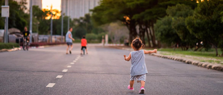 precauciones para pasear con pequeños a partir del 27 de abril